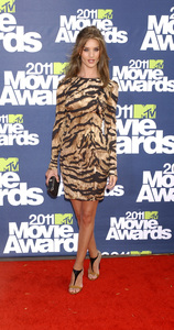 """MTV Movie Awards 2011""Rosie Huntington-Whiteley6-5-2011 / Gibson Ampitheater / Hollywood CA / MTV / Photo by Gary Lewis - Image 24071_0106"