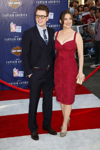 """""""Captain America: The First Avenger"""" Premiere Hayley Atwell7-19-2011 / El Capitan Theater / Hollywood CA / Paramount Pictures / Photo by Imeh Akpanudosen - Image 24083_0027"""