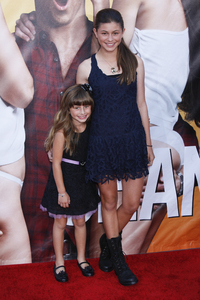 """""""The Change-Up"""" Premiere Sydney Rouviere, Taylor Rouviere8-1-2011 / Village Theater / Westwood CA / Universal Pictures / Photo by Imeh Akpanudosen - Image 24087_0055"""