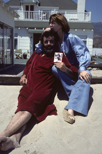 Lee Grant at her Malibu home with her husband, Joseph Feury 1978© 1978 Ulvis Alberts - Image 2410_0009