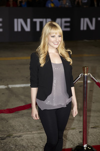 """""""In Time"""" Premiere Melissa Rauch10-20-2011 / Regency Village Theater / Westwood CA / Regency Pictures / Photo by Kevin Kozicki - Image 24126_0068"""