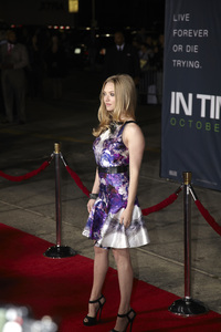 """In Time"" Premiere Amanda Seyfried10-20-2011 / Regency Village Theater / Westwood CA / Regency Pictures / Photo by Kevin Kozicki - Image 24126_0180"
