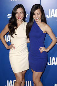"""""""Jack and Jill"""" Premiere Katie Cockrell, Kellie Cockrell11-6-2011 / Regency Village Theater / Westwood CA / Sony Pictures / Photo by Kevin Kozicki - Image 24135_0267"""