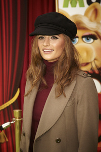 """The Muppets"" Premiere Stana Katic11-12-2011 / El Capitan Theater / Hollywood CA / Walt Disney Pictures / Photo by Kevin Kozicki - Image 24138_0200"