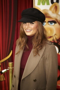 """The Muppets"" Premiere Stana Katic11-12-2011 / El Capitan Theater / Hollywood CA / Walt Disney Pictures / Photo by Kevin Kozicki - Image 24138_0201"