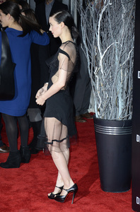 """""""The Girl with the Dragon Tattoo"""" Premiere Rooney Mara12-14-2011 / Ziegfeld Theater / New York NY / Sony Pictures / Photo by Eric Reichbaum - Image 24142_0147"""