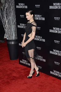 """The Girl with the Dragon Tattoo"" Premiere Rooney Mara12-14-2011 / Ziegfeld Theater / New York NY / Sony Pictures / Photo by Eric Reichbaum - Image 24142_0152"