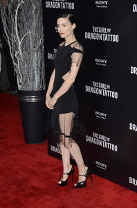 """""""The Girl with the Dragon Tattoo"""" Premiere Rooney Mara12-14-2011 / Ziegfeld Theater / New York NY / Sony Pictures / Photo by Eric Reichbaum - Image 24142_0153"""