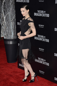 """""""The Girl with the Dragon Tattoo"""" Premiere Rooney Mara12-14-2011 / Ziegfeld Theater / New York NY / Sony Pictures / Photo by Eric Reichbaum - Image 24142_0155"""