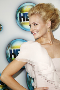 """""""HBO Post Golden Globe Party"""" Beth Behrs1-15-2012 / Circa 55 / Los Angeles CA / Photo by Kevin Kozicki - Image 24146_0316"""