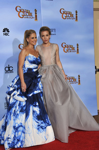 """The Golden Globe Awards - 69th Annual"" (Press Room) Sarah Michelle Gellar, Piper Perabo1-15-2012 © 2012 Jean Cummings - Image 24150_0031"