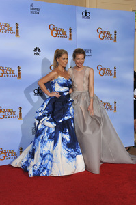 """The Golden Globe Awards - 69th Annual"" (Press Room) Sarah Michelle Gellar, Piper Perabo1-15-2012 © 2012 Jean Cummings - Image 24150_0032"