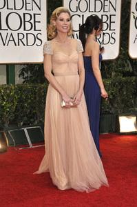 """The Golden Globe Awards - 69th Annual"" (Arrivals) Julie Bowen1-15-2012 © 2012 Jean Cummings - Image 24150_0290"