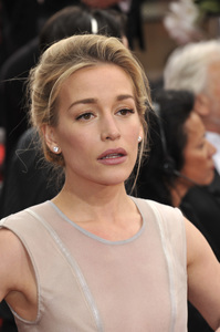 """""""The Golden Globe Awards - 69th Annual"""" (Arrivals) Piper Perabo1-15-2012 © 2012 Jean Cummings - Image 24150_0370"""