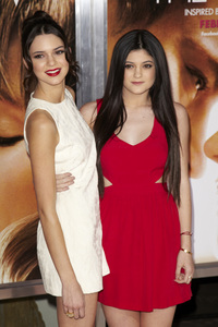 """The Vow"" PremiereKylie Jenner, Kendall Jenner2-6-2012 / Grauman"