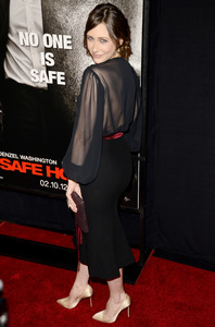 """Safe House"" PremiereVera Farmiga2-7-2012 / SVA Theater / Universal Pictures / New York NY / Photo by Eric Reichbaum - Image 24172_0097"