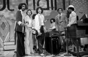 Don Cornelius and Switch appearing on Soul Train 1978© 1978 Bobby Holland - Image 24173_0005