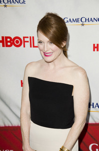 """""""Game Change"""" PremiereJulianne Moore3-7-2012 / Ziegfeld Theater / HBO / New York NY / Photo by Eric Reichbaum - Image 24183_0097"""
