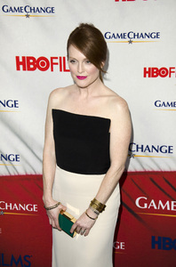 """""""Game Change"""" PremiereJulianne Moore3-7-2012 / Ziegfeld Theater / HBO / New York NY / Photo by Eric Reichbaum - Image 24183_0116"""