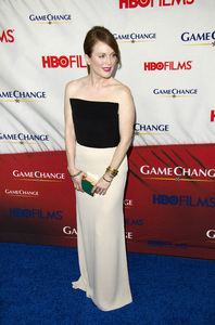 """""""Game Change"""" PremiereJulianne Moore3-7-2012 / Ziegfeld Theater / HBO / New York NY / Photo by Eric Reichbaum - Image 24183_0118"""