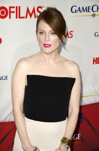 """Game Change"" PremiereJulianne Moore3-7-2012 / Ziegfeld Theater / HBO / New York NY / Photo by Eric Reichbaum - Image 24183_0124"