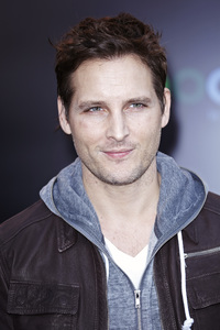 """The Hunger Games"" PremierePeter Facinelli3-12-2012 / Nokia Theater LA Live / Lionsgate / Los Angeles CA / Photo by Benny Haddad - Image 24191_0097"