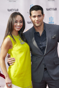 """40th Anniversary Restoration of Cabaret"" Premiere Jesse Metcalfe, Cara Santana4-12-2012 / Grauman Chinese Theater / TCM Film Festival / Hollywood CA / Photo by Kevin Kozicki - Image 24206_0013"