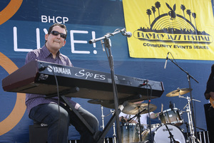 Jeff Lorber performing live at Baldwin Hills Crenshaw Plaza (pre-Playboy jazz concert) 05-27-2012© 2012 Michael Jones - Image 24222_0006