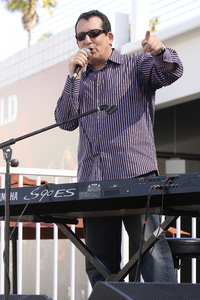 Jeff Lorber performing live at Baldwin Hills Crenshaw Plaza (pre-Playboy jazz concert) 05-27-2012© 2012 Michael Jones - Image 24222_0020