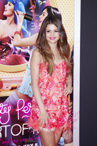 """Katy Perry: Part of Me"" Premiere Selena Gomez6-26-2012 / Grauman"