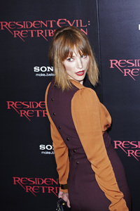 """""""Resident Evil: Retribution"""" Premiere Sienna Guillory9-12-2012 / Regal Cinemas L.A. Live / Screen Gems / Los Angeles CA / Photo by Benny Haddad - Image 24252_0074"""