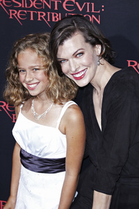 """Resident Evil: Retribution"" Premiere Milla Jovovich, Sienna Guillory, Aryana Engineer, Bingbing Li9-12-2012 / Regal Cinemas L.A. Live / Screen Gems / Los Angeles CA / Photo by Benny Haddad - Image 24252_0122"