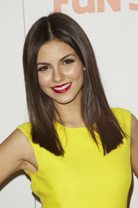 """Fun Size"" PremiereVictoria Justice10-25-2012 / Paramount Theater / Hollywood CA / Paramount Pictures / Photo by Kevin Kozicki - Image 24257_0112"