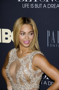 """""""Beyonce: Life is But a Dreamî PremiereBeyonce Knowles2-12-2013 / Ziegfeld Theater / New York NY / HBO / Photo by Eric Reichbaum - Image 24261_034"""