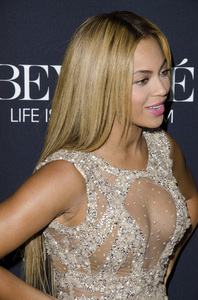 """""""Beyonce: Life is But a Dreamî PremiereBeyonce Knowles2-12-2013 / Ziegfeld Theater / New York NY / HBO / Photo by Eric Reichbaum - Image 24261_042"""