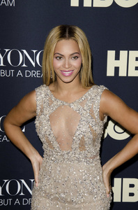 """Beyonce: Life is But a Dreamî PremiereBeyonce Knowles2-12-2013 / Ziegfeld Theater / New York NY / HBO / Photo by Eric Reichbaum - Image 24261_052"