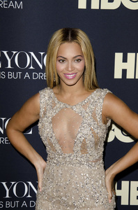 """Beyonce: Life is But a Dreamî PremiereBeyonce Knowles2-12-2013 / Ziegfeld Theater / New York NY / HBO / Photo by Eric Reichbaum - Image 24261_053"