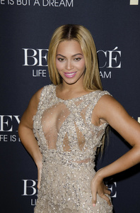 """Beyonce: Life is But a Dreamî PremiereBeyonce Knowles2-12-2013 / Ziegfeld Theater / New York NY / HBO / Photo by Eric Reichbaum - Image 24261_057"