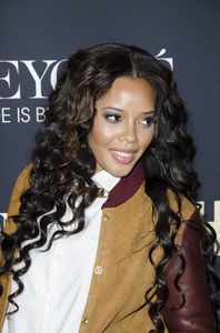 """Beyonce: Life is But a Dreamî PremiereAngela Simmons2-12-2013 / Ziegfeld Theater / New York NY / HBO / Photo by Eric Reichbaum - Image 24261_085"