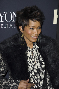 """""""Beyonce: Life is But a Dreamî PremiereAngela Bassett2-12-2013 / Ziegfeld Theater / New York NY / HBO / Photo by Eric Reichbaum - Image 24261_400"""