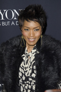 """Beyonce: Life is But a Dreamî PremiereAngela Bassett2-12-2013 / Ziegfeld Theater / New York NY / HBO / Photo by Eric Reichbaum - Image 24261_404"