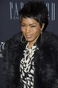 """Beyonce: Life is But a Dreamî PremiereAngela Bassett2-12-2013 / Ziegfeld Theater / New York NY / HBO / Photo by Eric Reichbaum - Image 24261_415"