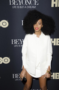 """Beyonce: Life is But a Dreamî PremiereSolange Knowles2-12-2013 / Ziegfeld Theater / New York NY / HBO / Photo by Eric Reichbaum - Image 24261_494"