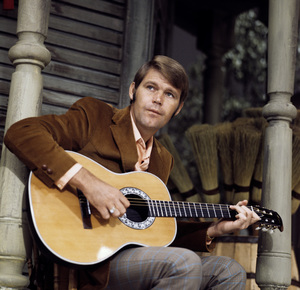 Glen Campbell on a Hollywood television set1971© 1978 Paul Slaughter - Image 24262_0022