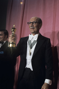 Groucho Marx at the Academy Awards1974© 1978 Paul Slaughter - Image 24262_0026
