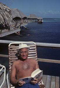 Norman Lear at Bora Bora, Tahiti1977© 1978 Paul Slaughter - Image 24262_0028
