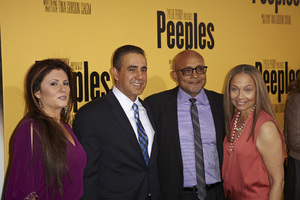 """Peeples"" PremierePaul Hall; Ozzie Areu5-8-13 / ArcLightr / Hollywood CA / Lionsgate/ 24th Street Films / Photo by Kevin Kozicki - Image 24272_0045"