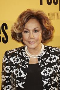 """Peeples"" PremiereDiahann Carroll5-8-13 / ArcLightr / Hollywood CA / Lionsgate/ 24th Street Films / Photo by Kevin Kozicki - Image 24272_0098"