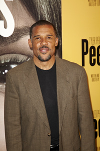 """Peeples"" PremierePeter Parros5-8-13 / ArcLightr / Hollywood CA / Lionsgate/ 24th Street Films / Photo by Kevin Kozicki - Image 24272_0117"
