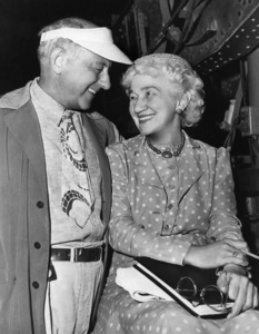 """Director Cecil B. DeMille with his editor since 1915, Anne Bauchens, on the set of """"Unconquered"""" 1947 Paramount ** I.V. - Image 24287_0136"""